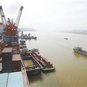 广西西江港口吞吐能力今年拟增2500万吨