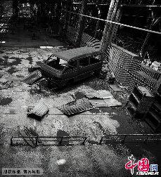 雄心勃勃的该厂曾想打造继长汽、上汽之后的中国第三大汽车企业,然而,坍塌似乎在一夜之间。