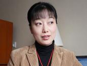 全国人大代表、中国曲艺家协会副主席、苏州市评弹团团长助理盛小云