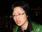 全国政协委员、无锡市副市长、民建无锡市委主任委员华博雅接受中国网记者采访