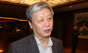 全国政协委员:钟秉林