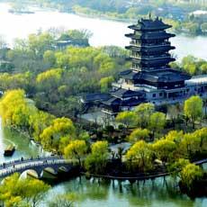 济南大明湖 中国第一泉水湖[组图]