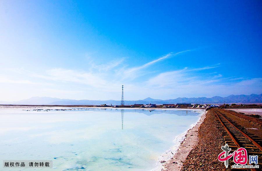 柴达木盆地---茶卡盐湖 - 海阔山遥 - .