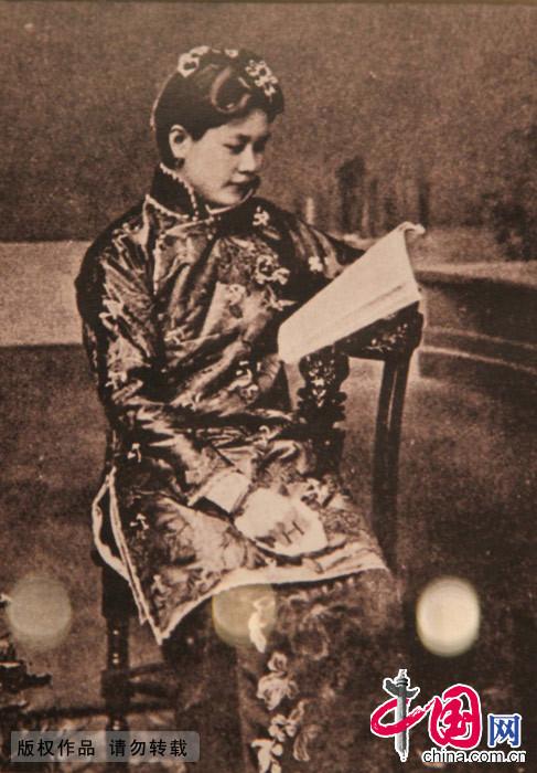 旗袍 女性 曲线 民国 国家礼服 女子服装 起源