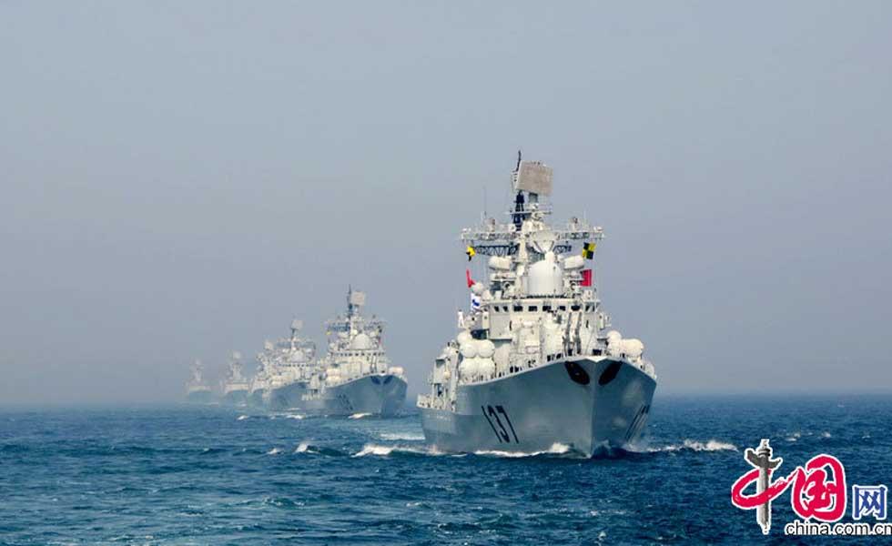 回顾:中俄海上联演举行盛大海上阅兵仪式(图)