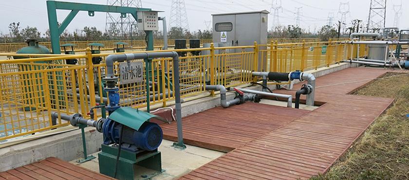双登集团污水处理池 废水排放100%达标
