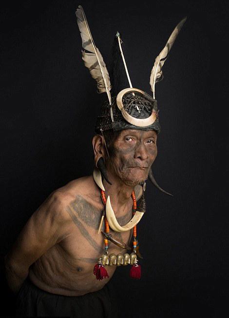 镜头下即将消失的雅克那加人部落 - 暖雪8521 - 暖雪8521