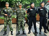 杭州武警开始在西湖景区荷枪执勤[组图]