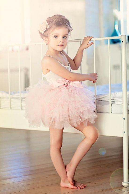 俄罗斯9岁模特走红 盘点全球超美小萝莉图片