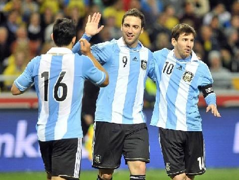 在阿根廷媒體看來,這很可能就是阿根廷征戰世界杯的主打陣型.圖片