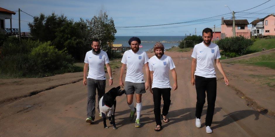 4名英格蘭球迷徒步1966公里赴巴西看世界盃