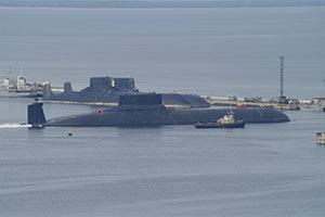 3艘台风级核潜艇齐聚 网友:可毁灭半个世界