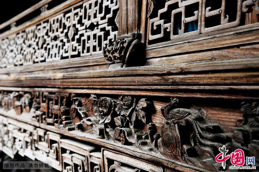 造型精湛的徽州木雕。