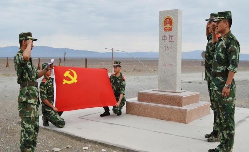 公安边防官兵喜迎党的93周年华诞