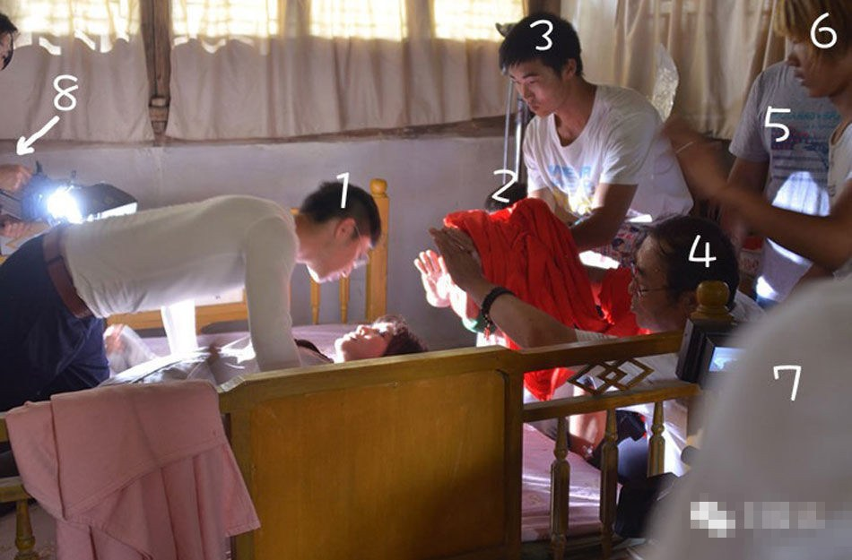 刘晓庆拍床戏2小时 拍到床塌为止 娱乐频道