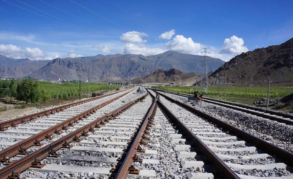 探访拉日铁路