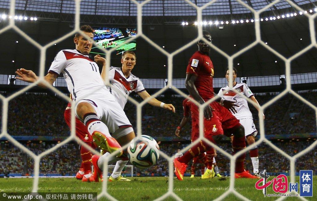 克洛泽16球超大罗破纪录封神 世界杯个人全回