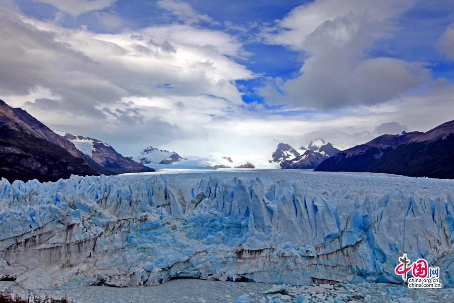 冰川正面照