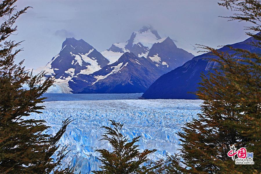 双峰与大冰川