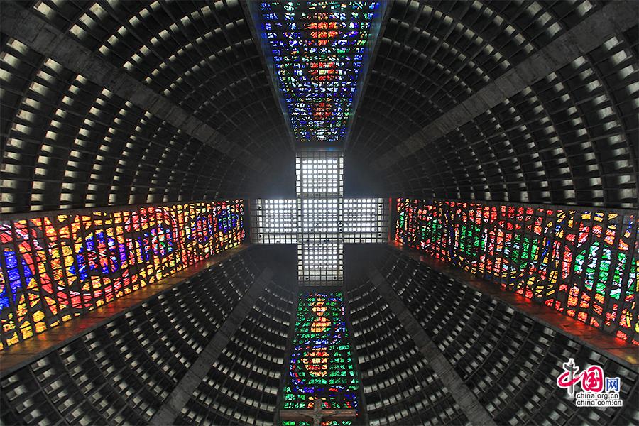 熱活巴西(十九)裏約大教堂,通向天國的階梯