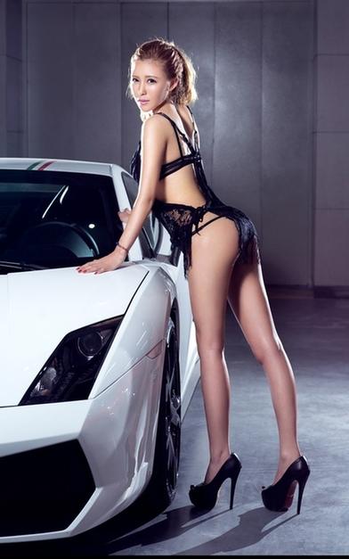 极品车模美女性感写真