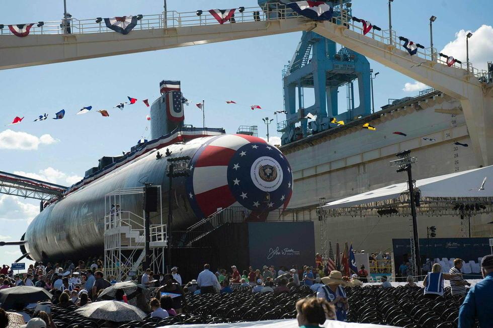 美军最新核潜艇酷炫命名仪式[组图] - 人在上海    - 中国新闻画报