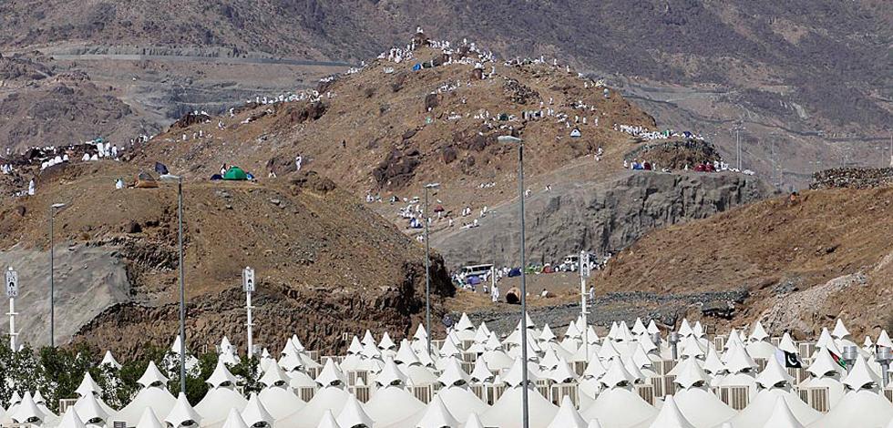 2010年朝觐:300万穆斯林聚集米纳山谷