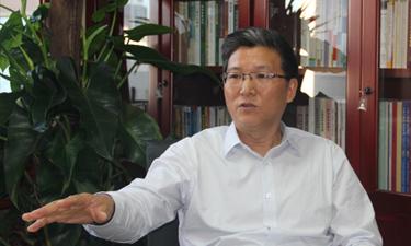 张占斌:拿得起监管才真正放得下审批权