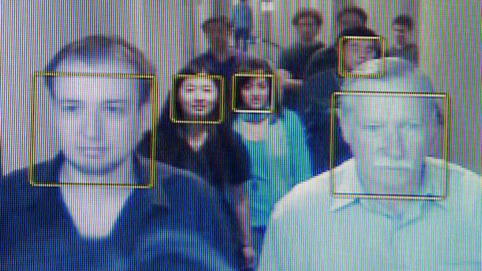 FBI面部识别系统 能在拥挤人群中捕捉人脸