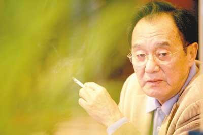著名作家张贤亮去世 - 人在上海    - 中国新闻画报