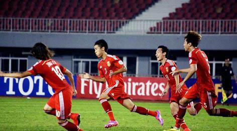 亚青赛:中国胜日本 韦世豪梅开二度