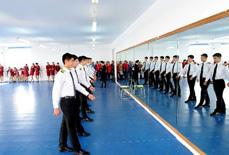 空哥空姐养成记:专业训练超520小时(组图)