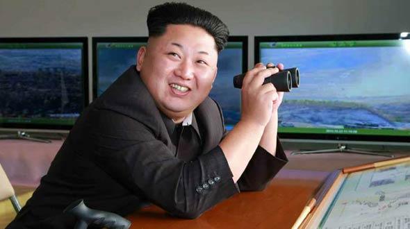 金正恩指导朝鲜人民军对抗训练
