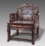 酸枝木嵌螺钿镶理石扶手椅