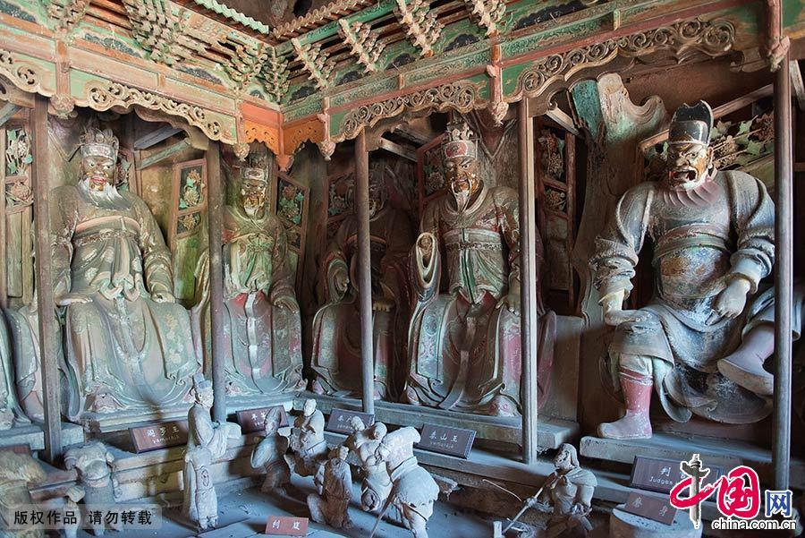 平遥古城是一座具有2700多年历史的文化名城,位于山西省中部平遥县内,是中国汉民族城市在明清时期的杰出范例。