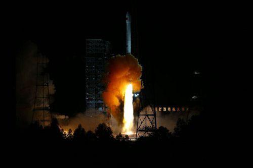 嫦娥五号即将返回 嫦娥二号突破1亿里深空