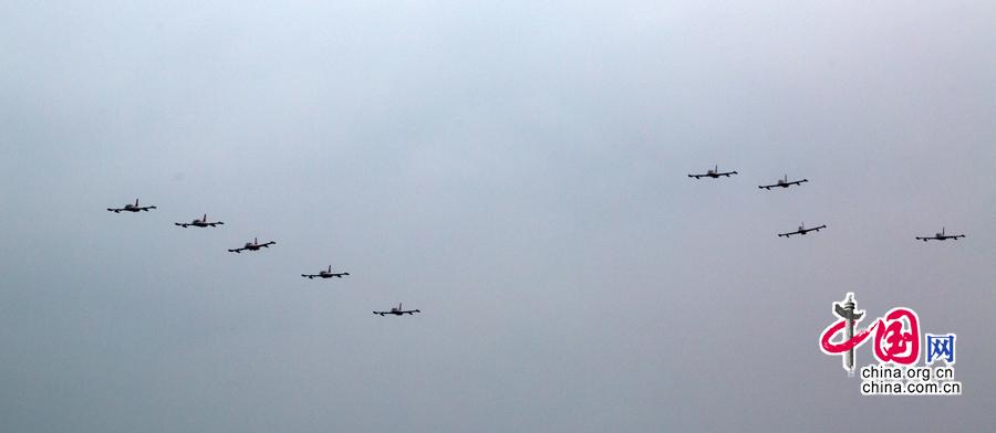 """阿联酋空军""""骑士""""飞行表演队抵达珠海"""