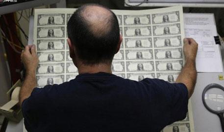 探访美国印钞局 镜头记录美钞印制全过程