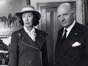 英女子拥有15件中国玉器 成全国最富女性之一