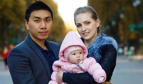中国高考学渣逆袭 娶18岁乌克兰美女