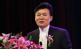 王旭明:语文出版社社长