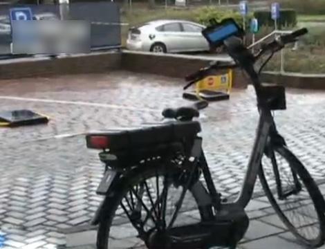 新科技:自行车雷达 遇险震动报警