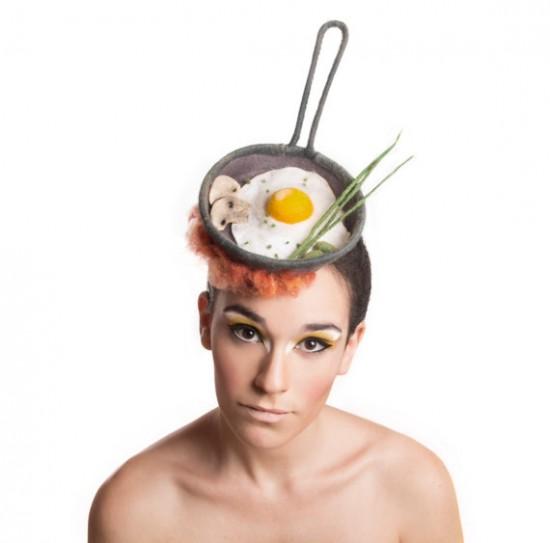 以假乱真!艺术家奇思妙想打造美食帽饰