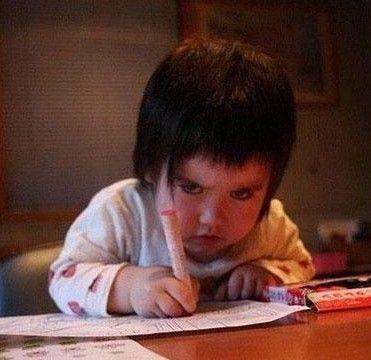 5岁半娃娃上幼儿园 放假要写12页拼音作业