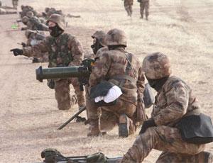 北京軍區某旅首次高寒區實彈演練