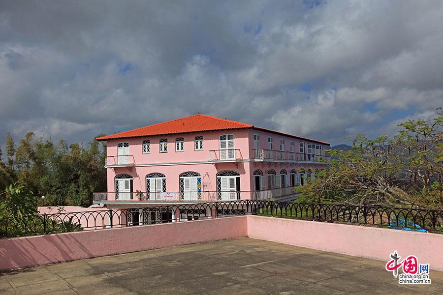 山谷最南侧顶端的茉莉花酒店(Hotel Los Jazmines)