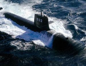 中國周邊各國爭打潛艇牌 日本野心勃勃