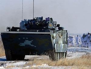 中國海軍陸戰隊寒區特訓:95式步槍吐火舌