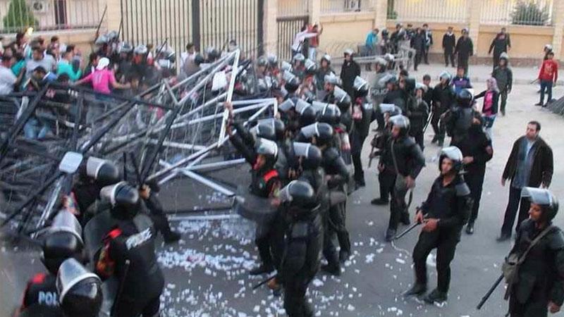 埃及球迷与警察发生冲突 至少22人死亡