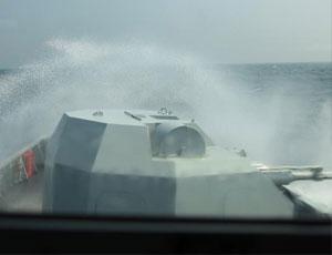 中國海軍056艦海上破浪猛圖